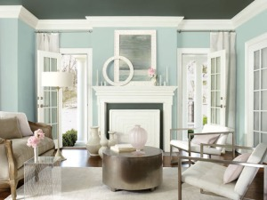 Photo Courtesy of Benjamin Moore. Benjamin Moore Smoke 2122-40 Ceiling, Kendall Charcoal HC-166, Trim Genesis White 2134-70., Accent Color Porcelain 2113-60.